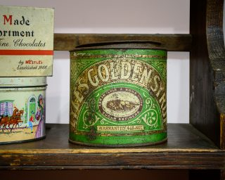Tin of Lyle's Golden Syrup